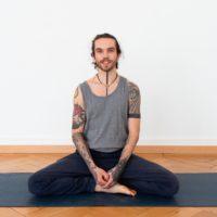 Yoga für Kinder und Jugendliche mit Luca